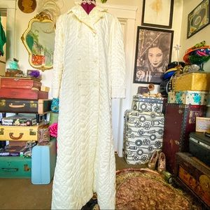 Christian Dior Quilted Robe 1940's style